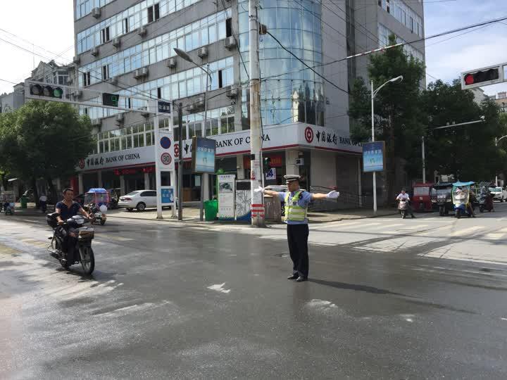 石臺縣開展違反交通規則整治行動